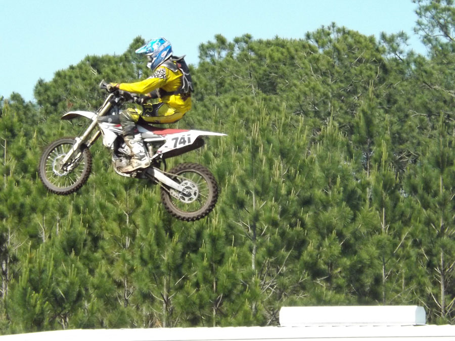 Florida MOTO News - Race Coverage of the 2014 FL/GA Spring Championship race at Bostwick Creek Mx Park - Daryl Thiel airs it out on his way to the win at the 2014 FL/GA Spring Championship race at Bostwick Creek Mx Park.