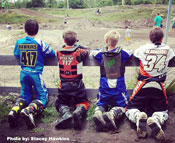 Florida MOTO News Featured PHOTO by Stacey Hawkins - Kids watching race at Mesa MX